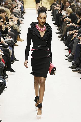 Louis Vuitton Fall Fashion 2009/Courtesy of Elle.com